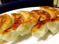 稲吉屋特製焼餃子